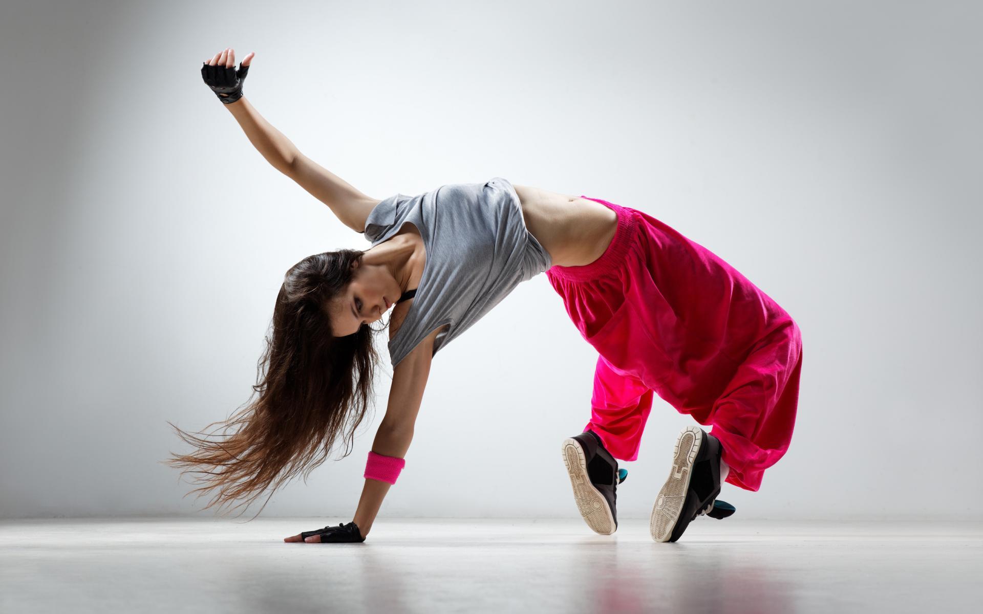 ... hip hop dance school vous propose toute une série de stage dans tous
